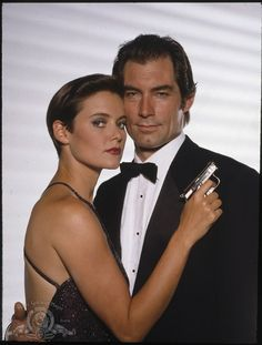 Carey Lowell and Timothy Dalton in Licence to Kill