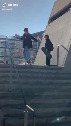 Skateboard Videos, Penny Skateboard, Skateboard Design, Skateboard Girl, Skate 3, Skate Girl, Skate Style, Best Longboard, Dance Choreography Videos