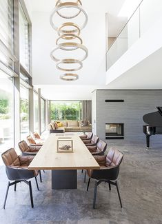 home theater planejado Projekt - Haus DS Berlin Dining Room Furniture, Home Furniture, Interior Styling, Interior Design, Commercial Architecture, Inside Design, Best Dining, Dining Set, House Inside