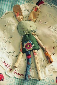 hettie brown: Granny Bloomers, a Pinny and a Raggy Rabbit bag. Fabric Dolls, Fabric Art, Fabric Crafts, Sewing Toys, Sewing Crafts, Sewing Projects, Monster Dolls, Textiles, Soft Dolls