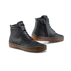 The Dartwoods are finally in!!! Come check 'em out at the shop - or grab yourself a pair online while supplies last! Motorcycle Riding Gear, Motorcycle Shoes, Biker Gear, Boot Types, Gore Tex, High Level, Motorbikes, Black Boots, Hiking Boots