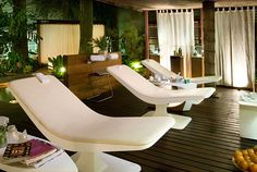 My dream spa would have dark woods and tropical foliage. Very earthy and soothing colors. #spaweek