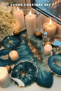Epoxy Resin Art, Diy Resin Art, Diy Resin Crafts, Diy And Crafts, Gold Palette, Cup Holders, Diy Resin Projects, Perfume Tray, Agate Coasters