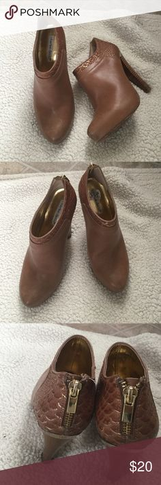 Charles David In great condition! Charles David Shoes Heels