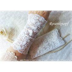 Elegante Spitzenstulpen aus elastischer Spitze mit floralem Muster in Reinweiß♥