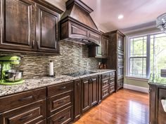 They Told You About Dark Brown Granite Kitchen Is Dead Wrong.And Here's Why - athomebyte They Told You About Dark Brown Granite Kitchen Is Dead Wrong. Delicatus White Granite, Brown Granite Countertops, White Granite Kitchen, Brown Kitchen Tiles, Brown Kitchens, Kitchen Backsplash, Kitchen Countertops, Kitchen Cabinets, Layout Design
