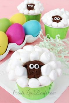 sheep cupcakes! I can't even stand how cute these are!!! They look fairly easy too! My kids will love these!