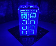Doctor Who - Mini Tardis Dalek Edition Night Light Tea Lamp Police Box Doctor Who Decor, Doctor Who Art, Doctor Who Tardis, 11th Doctor, Die Tardis, Tardis Door, Tardis Blue, Doctor Who Christmas, Classic Doctor Who