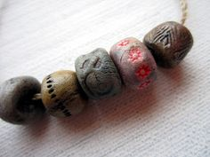 5 Hand Painted Artisan Boho Porcelain Clay Pottery Beads No.168