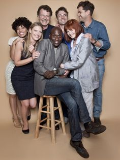 The Cast of Fringe is photographed at the SDCC for TV Guide Magazine on July 23, 2011 this is just bizarre. NONE of the people are ever this happy-looking on the show! They're always so intense...