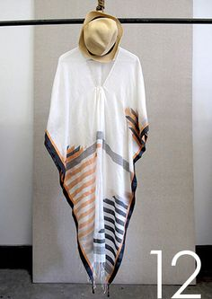 One of a kind and small production handwoven kaftans, dresses and tunics in gorgeous fabrics. Hijab Fashion, Boho Fashion, Beach Fashion, Fashion Outfits, Silk Kaftan, Long Kaftan, Modest Outfits, Summer Outfits, Islamic Fashion