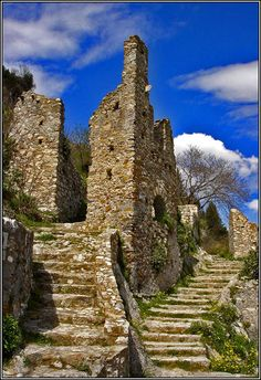 """The Byzantine """"Castletown"""" of Mystras, Greece by Nefeli Aggellou Castle Ruins, Medieval Castle, Ancient Ruins, Ancient Greece, Amazing Architecture, Art And Architecture, Greece Art, Castle In The Sky, Archaeological Site"""