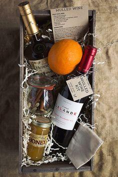 Mulled Wine Kit & Wine box #DuVino #wine www.vinoduvino.com