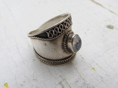 Vintage Sterling Silver and Moonstone Ring c1970 by LUXXOR on Etsy, $78.00