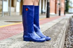 Me & My Wellingtons Blue Boots, Wellington Boot, Rain Wear, Trousers Women, Crocs, Beautiful Outfits, Rubber Rain Boots, Thats Not My, High Heels