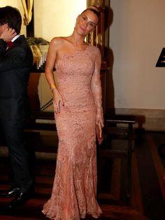 Carolina Dieckmann #Brazilian Carolina Dieckman, Strapless Dress Formal, Prom Dresses, Formal Dresses, Celebrity Red Carpet, Ideias Fashion, Glamour, Plus Size, Bridesmaids