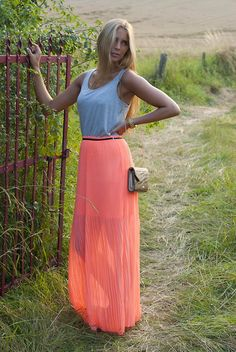 MAXI DRESS (by Isabella L.) http://lookbook.nu/look/3835463-MAXI-DRESS
