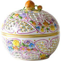 C Steele Collection Porcelain China Porcelain Jewelry, Porcelain Ceramics, Painted Porcelain, Porcelain Tiles, Hand Painted, Herend China, China Painting, China Dinnerware, Tea Pots
