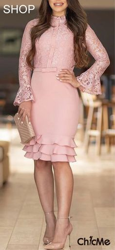 There are 2 tips to buy dress, midi lace, pink dress. Pink Lace Skirt, Pink Dress, Lace Dress, Cute Dresses, Beautiful Dresses, Short Dresses, Formal Dresses For Women, Dress Outfits, Fashion Dresses