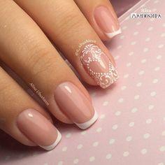 Wedding Nails-A Guide To The Perfect Manicure – NaiLovely Creative Nail Designs, Creative Nails, Nail Art Designs, French Nails, Nail Art Arabesque, Accent Nail Designs, Bridal Nail Art, Valentine Nail Art, Lace Nails