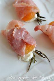 Abricots au lard, chèvre, romarin