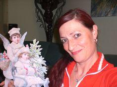 It´s ME ;o) and my work, i love to doooo!! Ich....mit einem Traumteil - Winter-Engel mit Schlitten.... Handarbeit vor ca. 4 Jahren !
