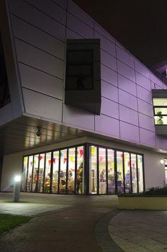 OS 2014 - The Artisan Fair at the Enterprise Centre building.  Photography by Leon William Vann
