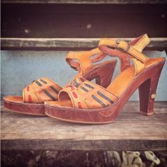 1970s 4-inch WOOD + leather platform sandals, marked 9M, just listed!