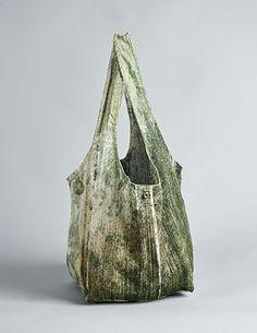 Large Leather Bucket Shoulder Bag Khaki Green door PiecesoftheCloud