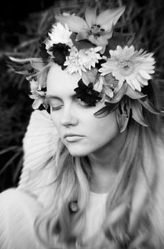 Girl wearing Flowers & Roses Headband in Black & White. Grey Flowers, Flower Girls, Shades Of Grey, Wildflowers, Woodland, Cool Art, Exotic, Roses, Style Inspiration