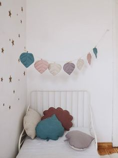 Linen cushion/ leaf pillow eye of the sea image 1 Linen Pillows, Cushions, Toddler Cot, Nursery Decor, Room Decor, Garland Nursery, Casa Kids, Cloud Cushion, Wall Ornaments