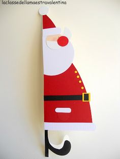 La classe della maestra Valentina: BIGLIETTO BABBO NATALE Christmas Cards To Make, Christmas Crafts For Kids, Christmas Tag, Xmas Cards, Diy Cards, Christmas Decorations, Greeting Cards, Butterfly Bulletin Board, Puppet Crafts