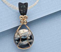 DIY wire wrapped necklace
