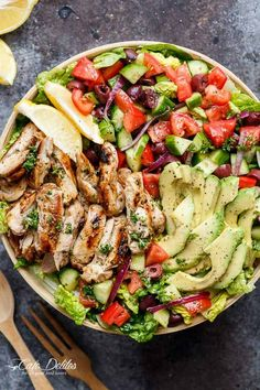 Mediterranean Chicken Salad Recipes is Among the Favorite Salad Recipes Of Many Persons Round the World. Besides Easy to Make and Good Taste, This Mediterranean Chicken Salad Recipes Also Healthy Indeed. Best Salad Recipes, Chicken Salad Recipes, Lunch Recipes, Cooking Recipes, Healthy Recipes, Keto Recipes, Grilled Chicken Salad, Shrimp Salad, Recipe Of Salad