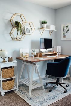 66 Unique Decor and Design Ideas For Home Office Workers Cozy Home Office, Home Office Space, Home Office Design, Home Office Decor, Office Furniture, Home Office Bedroom, Apartment Office, Home Office Desks Ideas, Home Desks