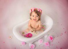 Cotton Cloud Photography Sydney - Milk Bath session Minis!!!! Baby photographer located in Sydney Australia