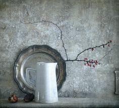 #still #life #photography • photo: C красными ягодами | photographer: Vladimiras Nikonovas | WWW.PHOTODOM.COM
