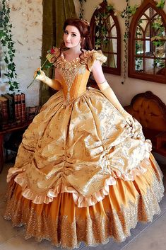 Belle from Beauty and the Beast Cosplayer: Nikita Cosplay Belle Cosplay, Cosplay Dress, Cosplay Outfits, Disney Princess Cosplay, Disney Princess Dresses, Disney Dresses, Princess Belle Dress, Disney Belle Costume, Disney Cosplay