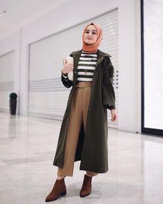 Umma Umma Umma - Cocktail dress new Modern Hijab Fashion, Islamic Fashion, Muslim Fashion, Modest Fashion, Fashion Outfits, Hijab Chic, Casual Hijab Outfit, Hijab Mode Inspiration, Hijab Stile