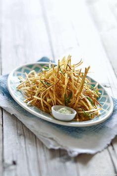 Pommes allumettes au sel parfumé au romarin - Une recette pour changer des traditionnelles frites !