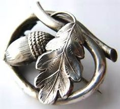 Idea for circlet images-use oak leaf and acorn to honor Angus Antique Jewelry, Silver Jewelry, Vintage Jewelry, Acorn And Oak, Coin Ring, Silver Brooch, Art Nouveau, Oeuvre D'art, Oak Leaves