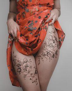 - My list of best tattoo models Tattoo Girls, Sexy Tattoos For Girls, Inked Girls, Tattoos For Women, Mini Tattoos, Tattoo Ink, Body Art Tattoos, Small Tattoos, Tattoo Stickers