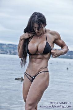 Cindy Landolt – Cindytraining.com :: Black for Summer