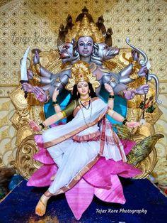Durga Ji, Saraswati Goddess, Goddess Art, Shiva Shakti, Maa Durga Photo, Ganesh Photo, Radha Krishna Photo, Shri Ganesh Images, Ganesha Pictures
