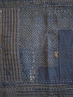 Sashiko stitched & heavily layered boro kotatsu (brazier) cover Courtesy of… Sashiko Embroidery, Japanese Embroidery, Embroidery Stitches, Shibori, Japanese Textiles, Japanese Fabric, Textile Fabrics, Textile Art, Textile Design