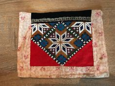 Bead Crafts, Textile Art, Norway, Bohemian Rug, Textiles, Quilts, Blanket, Beads, Diva