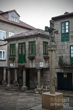 The Old Firewood Marketplace Pontevedra Galiza Spain  PARESE  A LA  BRETAGNA  IN FRANCIA ,,,CASA  DE GRANITO **+