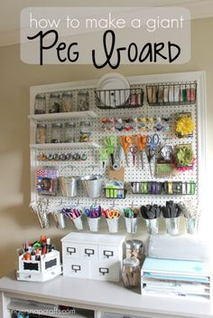 DIY Craft Room Ideas and Craft Room Organization Projects - Giant Peg Board - . DIY Craft Room Ideas and Craft Room Organization Projects - Giant Peg Board - Cool Ideas for Do It Yourself Craft Stor Sewing Room Organization, Craft Room Storage, Pegboard Craft Room, Pegboard Storage, Craft Room Organizing, Organizing Tips, Smart Storage, Organized Craft Rooms, Large Pegboard