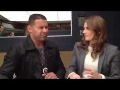 Did Jon Huertas just steal a kiss from Stana Katic?