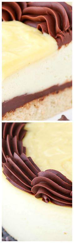 Boston Cream Pie Cheesecake ~ A vanilla cake bottom, chocolate ganache filling, thick and creamy vanilla cheesecake and is topped with more chocolate ganache and of course, pastry cream!